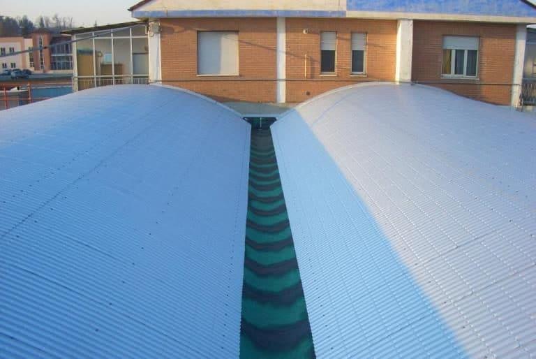Rifacimento copertura metallica curva su struttura in latero-cemento