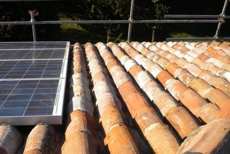 Rifacimento tetto abitazione privata in coppi ed impianto fotovoltaico