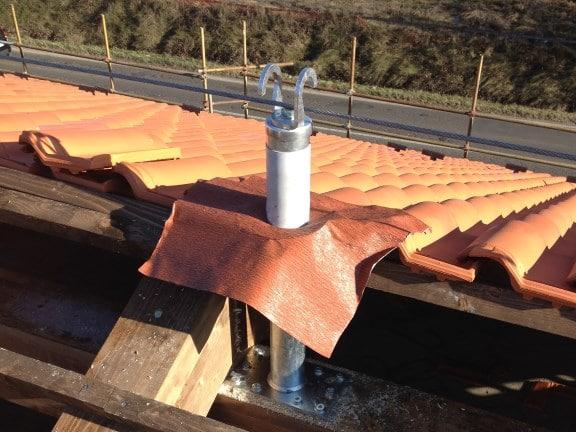 Linea vita tetto in legno ancoraggio intermedio
