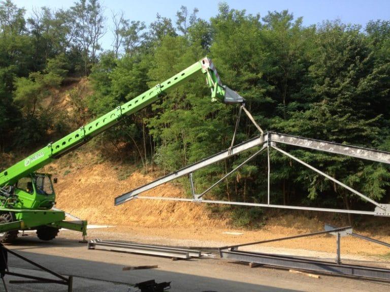 Montaggio tettoia in ferro zincato