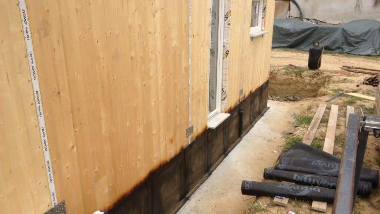 Particolare costruzione casa in xlam