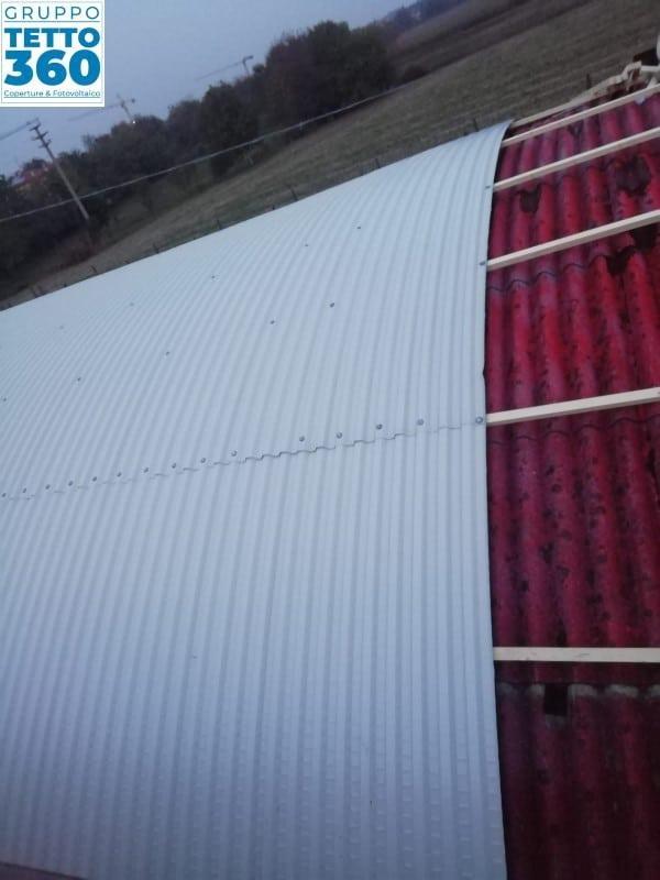 Bonifica amianto su copertura curva