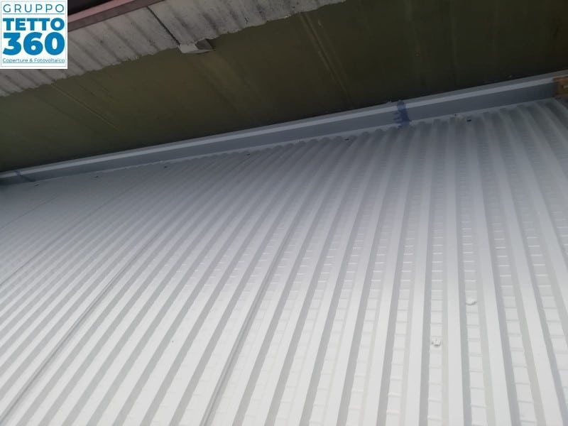 Copertura metallica curva milano