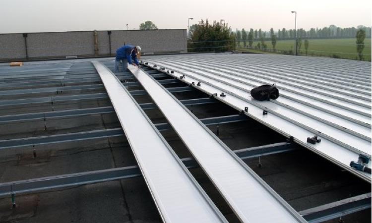 trasformare un tetto piano in un tetto inclinato