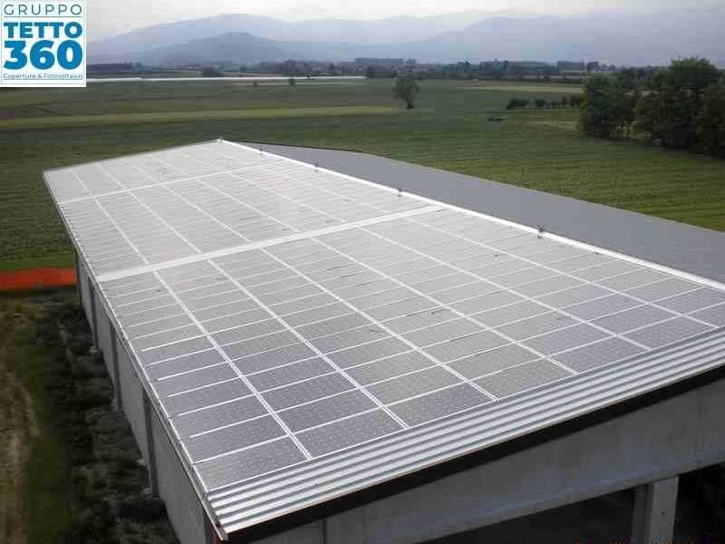 Impianto fotovoltaico su capannone agricolo in provincia di Torino